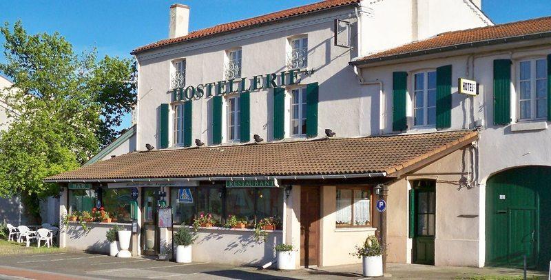 hotel andrezieux boutheon 42160